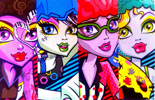 Monster High karatasi la kupamba ukuta containing anime called Roller Maze
