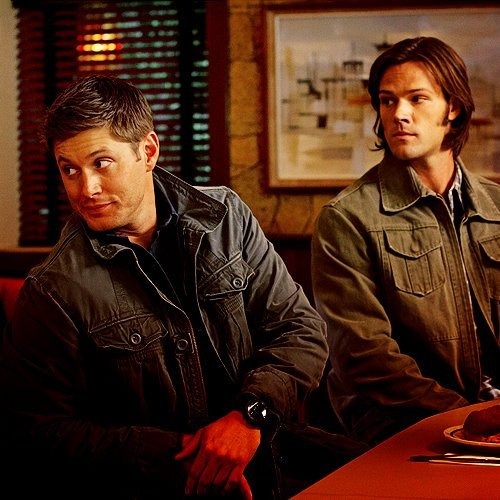 pariapink wallpaper possibly containing a brasserie and a kantin, diner called SPN<333