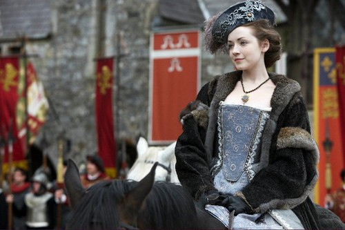 Tudor History wallpaper probably with a surcoat, a polonaise, and a kirtle titled Sarah Bolger as Mary Tudor