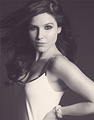 Sophia :) - sophia-bush photo