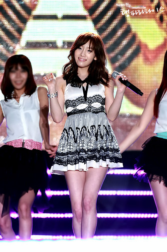 Taeyeon @ 2013 Suncheon 만, 베이 Garden Expo D-300 케이팝 Festival