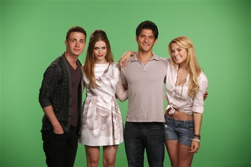 Tyler, Colton Haynes and Holland Roden VISIT MTV'S 10 ON TOP - colton-haynes Photo