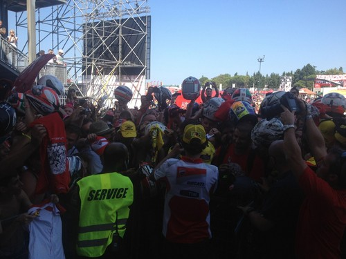 Valentino and fans