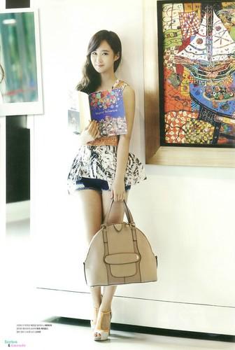 Yuri @ stella, star 1 magazine