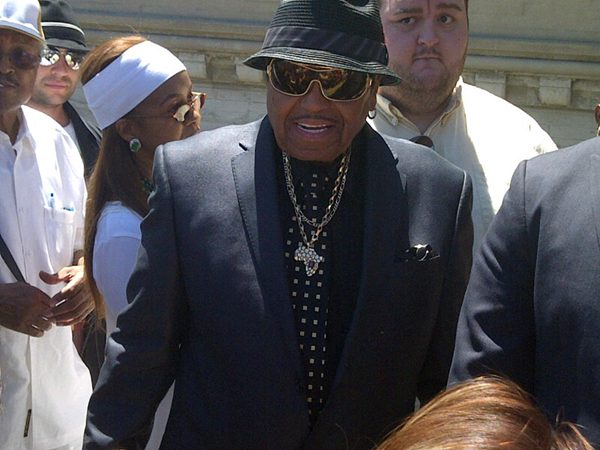joe jackson at forest lawn, glendale LA june 25th 2012