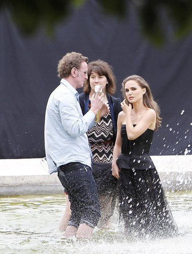 Modeling for a Miss Dior campaign photo shoot in the gardens of the Palais-Royal in Paris (June 26t - natalie-portman Photo