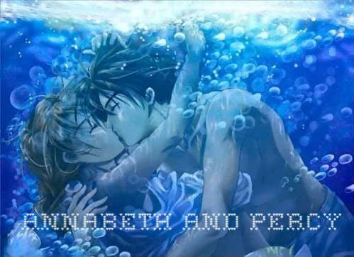 Percy Jackson & The Olympians Bücher Hintergrund titled Annabeth and Percy Underwater KISS