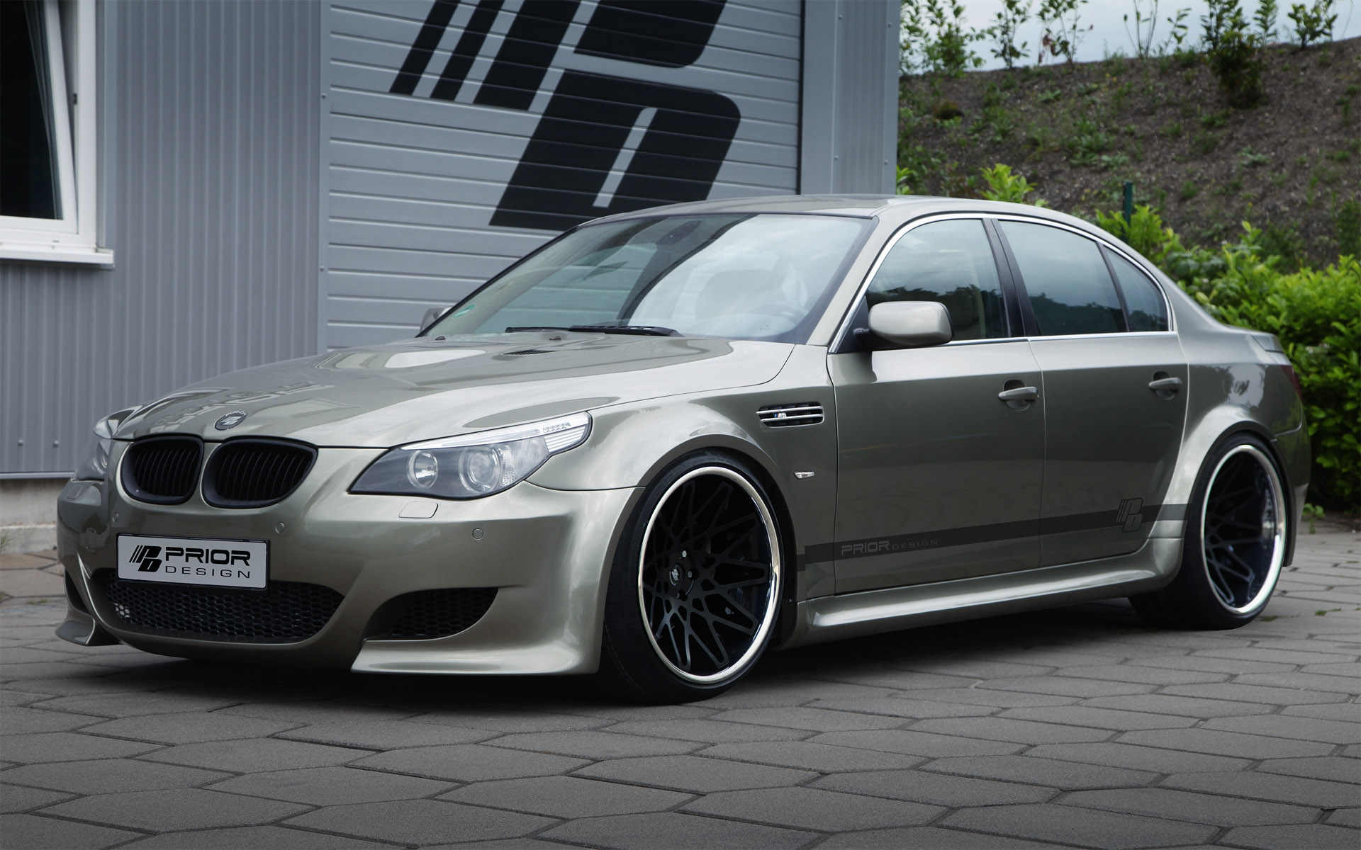 Bmw 5 Series E60 By Prior Design Bmw Photo 31335100