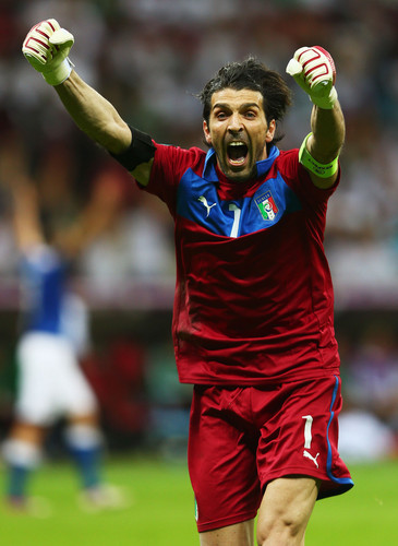 Buffon EURO 2012 - gianluigi-buffon Photo