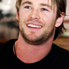 Chris Hemsworth foto containing a portrait entitled Chris Hemsworth