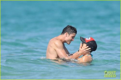Cristiano Ronaldo and Irina Shayk's French vacation