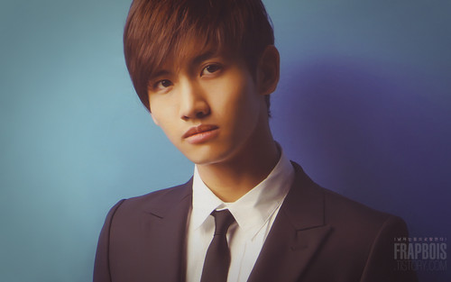Max Changmin wallpaper containing a business suit, a suit, and a three piece suit entitled Cutie Changmin =3=