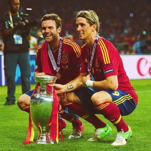 Spain National Football Team wallpaper titled Euro 2012 final: Spain v Italy - Spain celebrating victory
