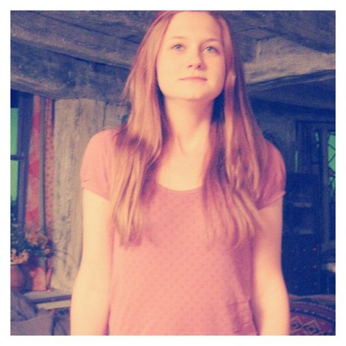 Ginny Weasley set deathly hallows part 1