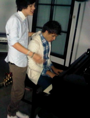 Harry ♥ Liam