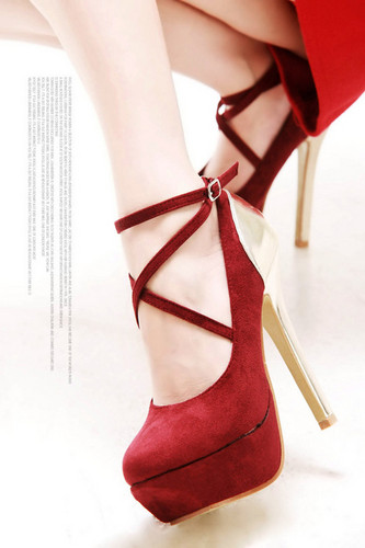 Women's Shoes wallpaper titled High heels <3