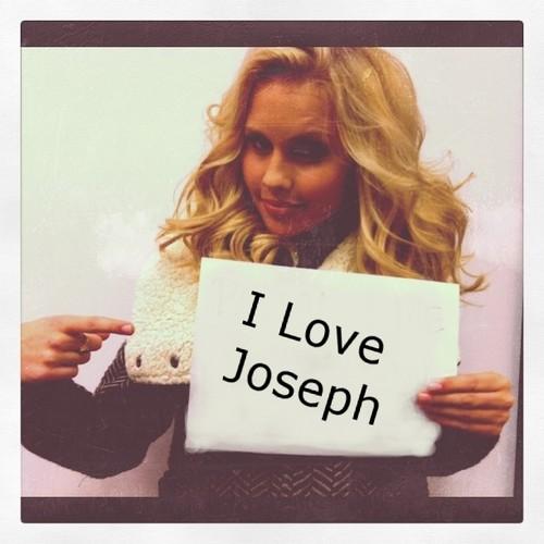 I 사랑 Joesph Pic!