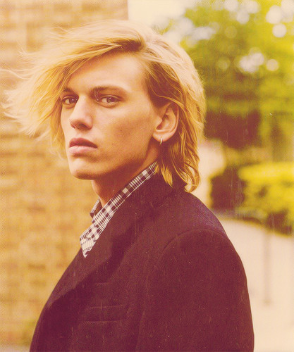 Jamie Campbell Bower wallpaper entitled Jamie<3