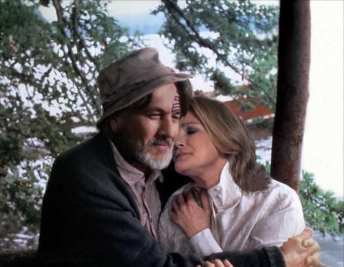 Janeway and Chakotay - Back on Earth