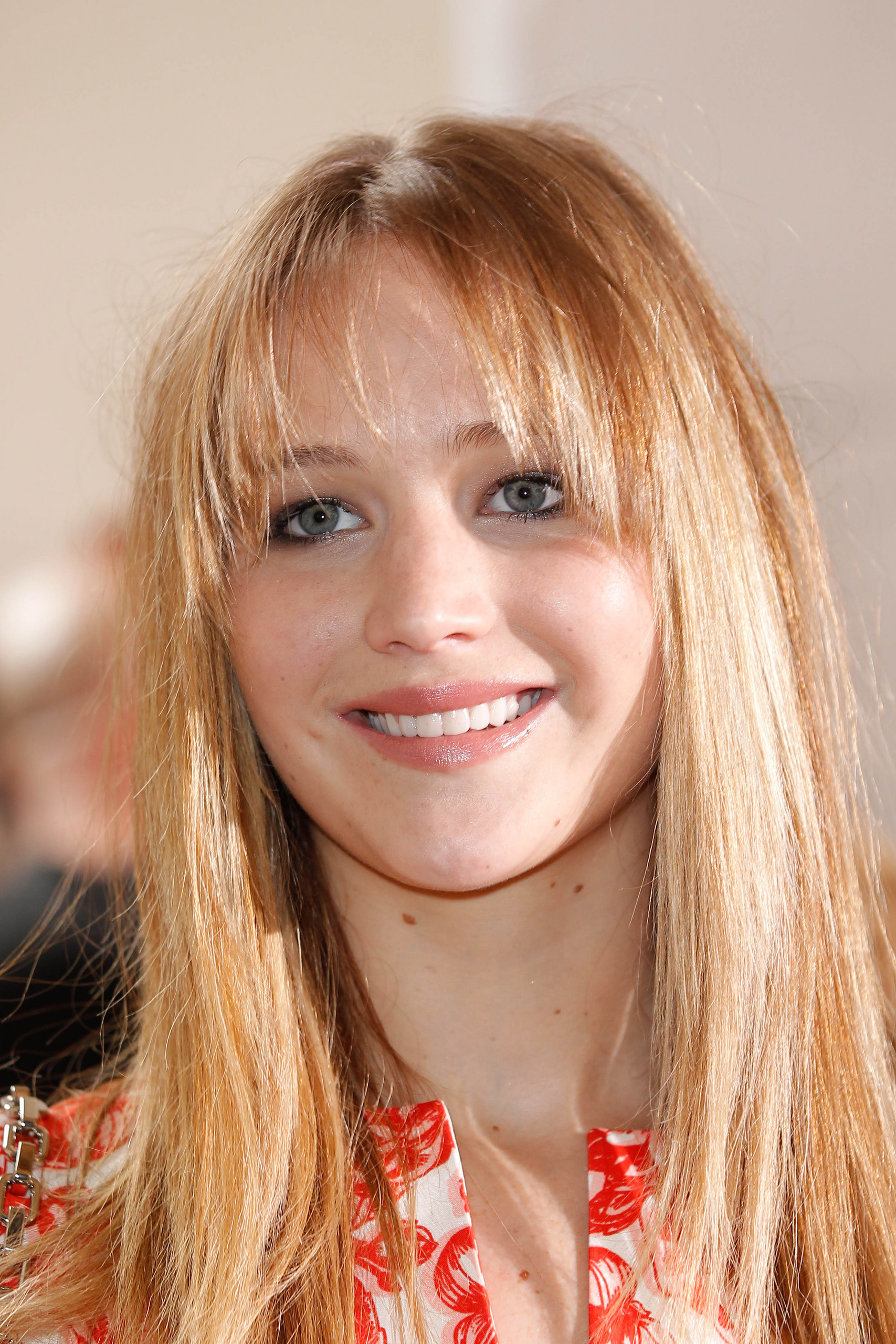 Jennifer at the Christian Dior Haute-Couture show - Inside - 02/07/12.