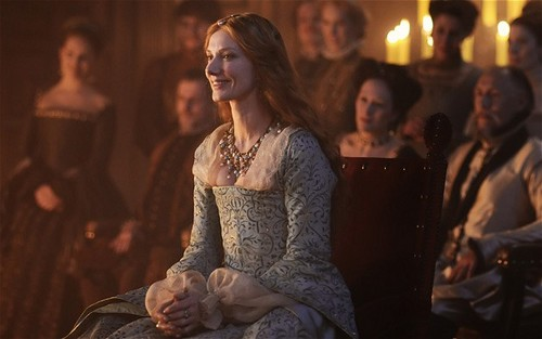 Joely Richardson as Elizabeth I