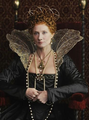 Joely Richardson as Elizabeth I