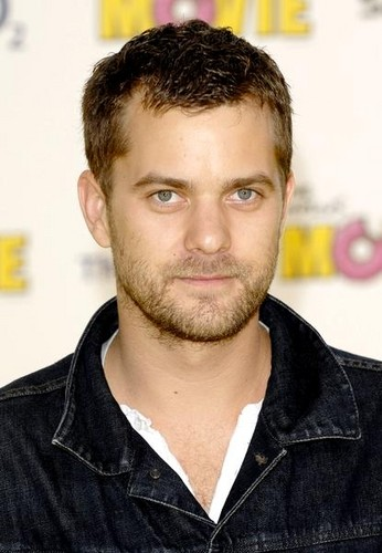 Joshua Jackson wallpaper possibly with a portrait called Joshua Jackson <33333