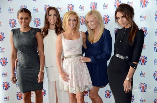 """June 26th - London - Spice Girls at a photocall for the launch of """"Viva Forever Musical"""""""