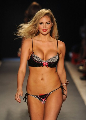 Kate Upton پیپر وال containing a bikini called Kate - Mix