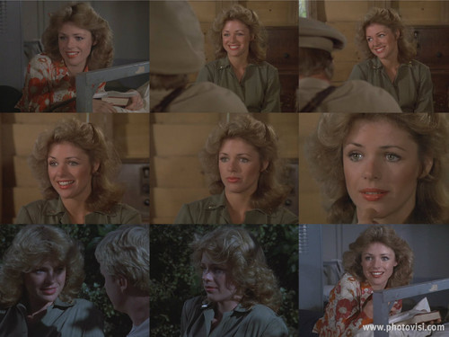 Kathy McCullen as Lt. Ellie Kovaks