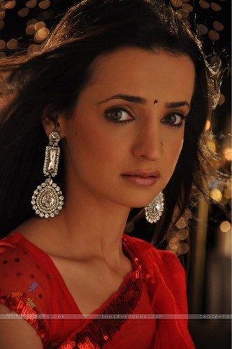 Iss Pyar Ko Kya Naam Doon wallpaper possibly containing a boater, a fedora, and a portrait entitled Khushi