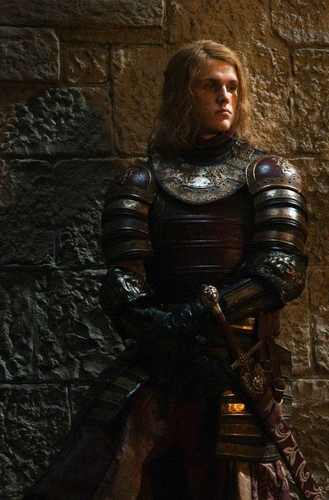 House Lannister wallpaper with a breastplate, an armor plate, and a fauld entitled Lancel Lannister