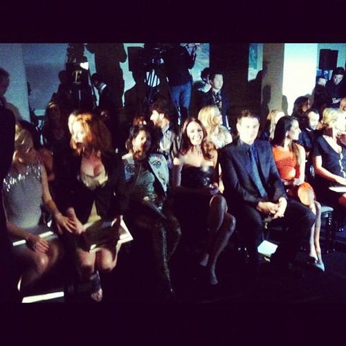 Lea and Cory @Versace Fashion दिखाना