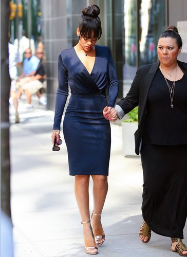 Leaving Her Hotel In NYC [6 June 2012]