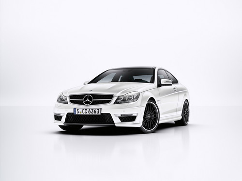 MERCEDES - BENZ C63 AMG coupe
