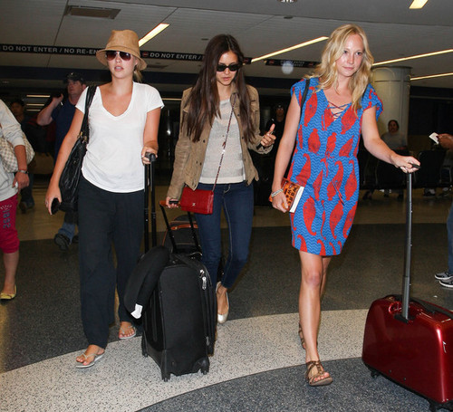 Nina with Candice and Claire In LA
