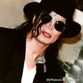 OH MY GOD - michael-jackson photo