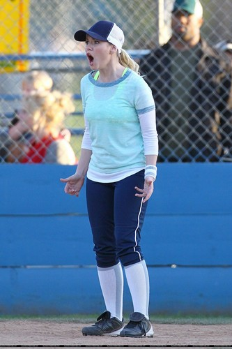 "Elisha Cuthbert wallpaper probably containing a wicket, an umpire, and a right fielder entitled On the Set of ""Happy Endings"" - March 1, 2012"