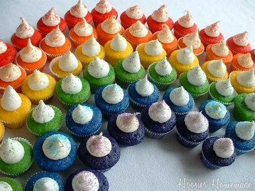 彩虹 纸杯蛋糕