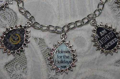 Sherlock Holmes wallpaper entitled SHERLOCK HOLMES charm bracelet