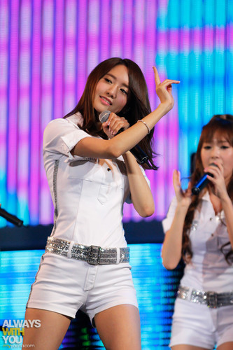 SNSD. 120702 @ K-POP Nation концерт in Macau 2012