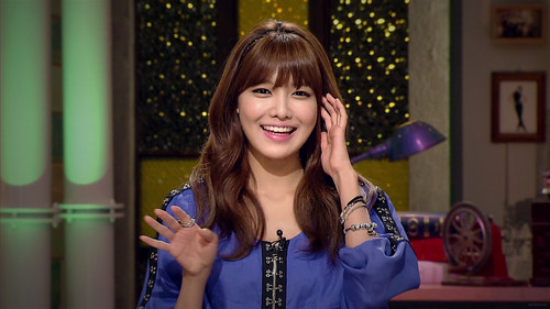 SNSD.120704 Sooyoung - MC @ Midnight of TV Entertainment