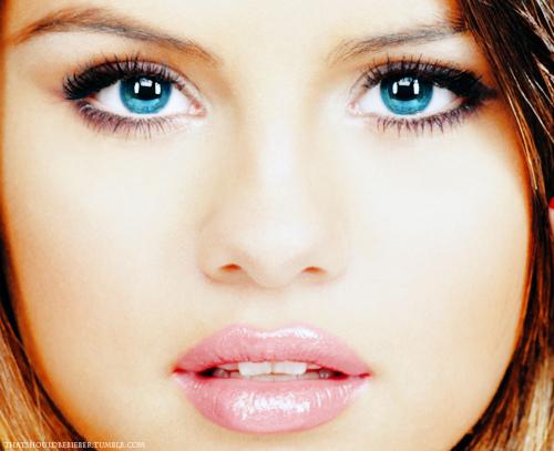 Selena Gomez Nice awesome photoshop ✿ 。◕‿‿◕。