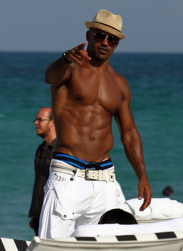 Shemar Moore Enjoys the Sun In Miami