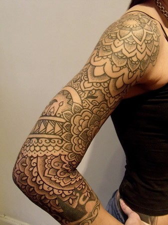 1000 images about tattoo art on pinterest pug tattoo for Henna tattoo arm designs