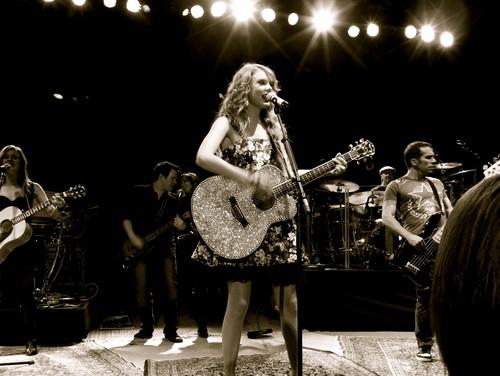Taylor!!