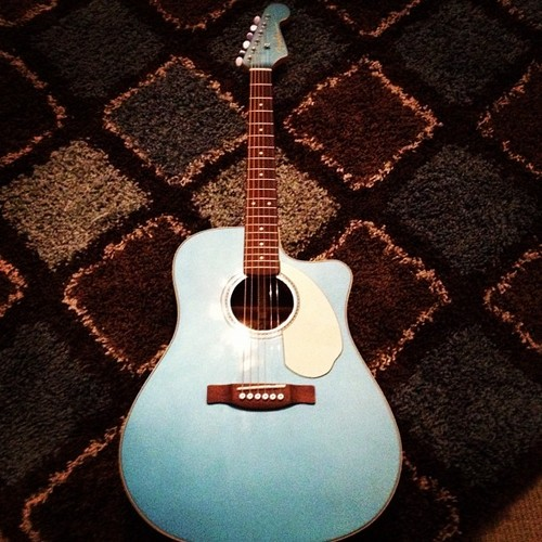 Tweets;A new Fender acoustic guitar!