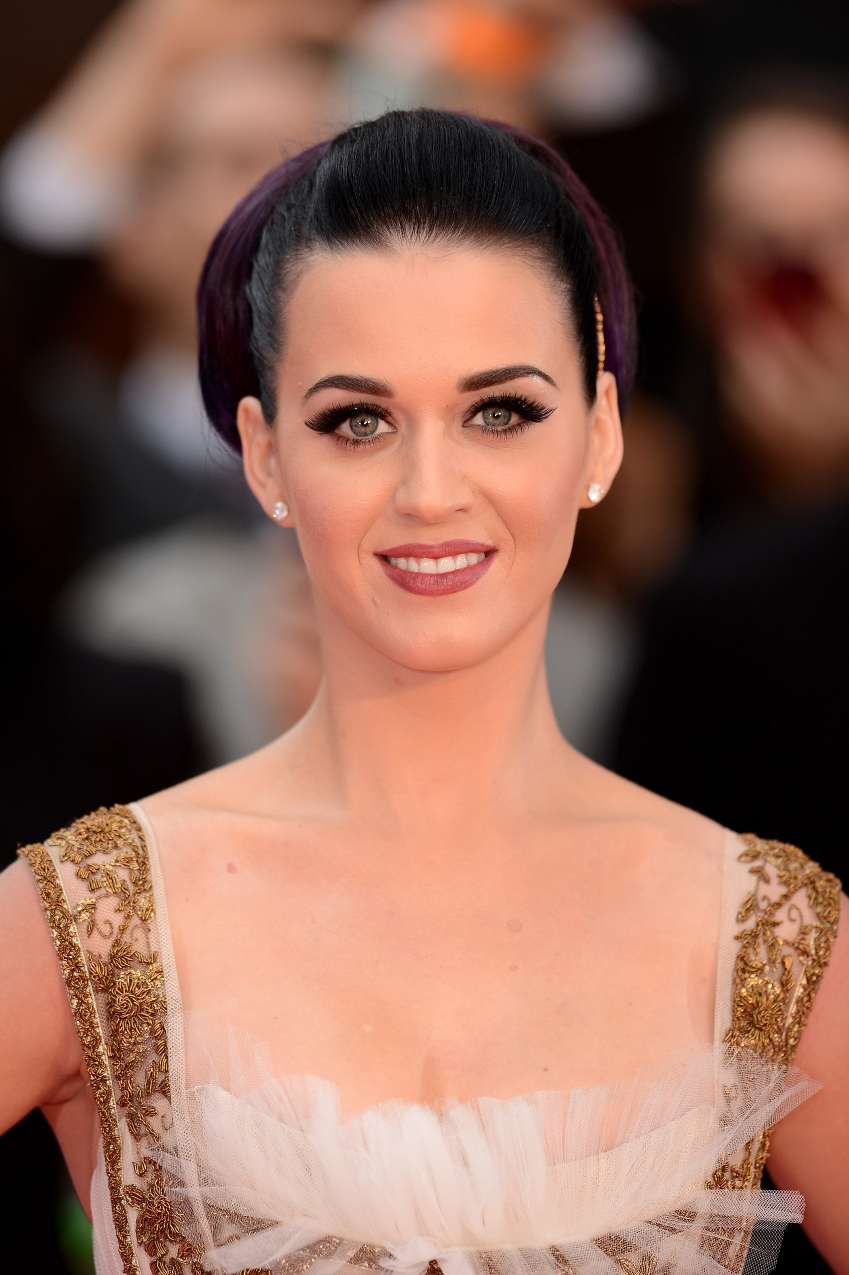 WWW_459RIRI_COM_uk premiere of \'katy perry: part of me\' [3 july 2012]