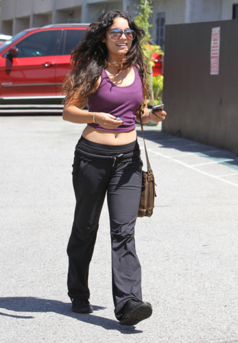 Vanessa - Out and about in LA - May 21, 2012