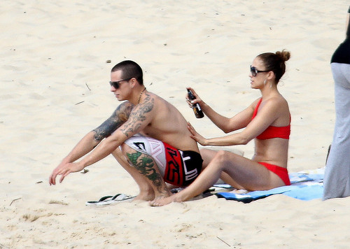 Wearing A Bikini At A spiaggia In Brazil [30 June 2012]